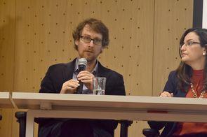 Julien Wist (izquierda), director de la Oficina de Transferencia de Resultados de Investigación (OTRI) de la Vicerrectoría de Investigaciones de la U. del Valle, y Vanessa Mercedes Quiroga, directora de Transferencia de Conocimiento de la UIS