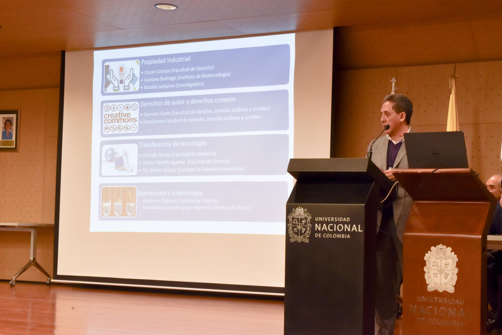 Prof. Alejandro Chaparro Giraldo, del Centro de Pensamiento en Propiedad Intelectual de la Universidad Nacional de Colombia (Foto: Aura Flechas /Dirección Nacional de Extensión, Innovación y Propiedad Intelectual / Vicerrectoría de Investigación/U. N.)